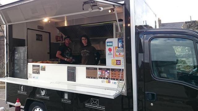 A la d couverte du restaurant bar bi re tac tac for Food truck bar le duc