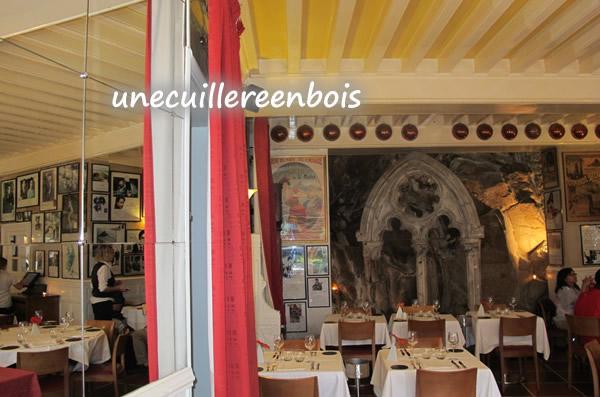 salle-restaurant-mere-poulard